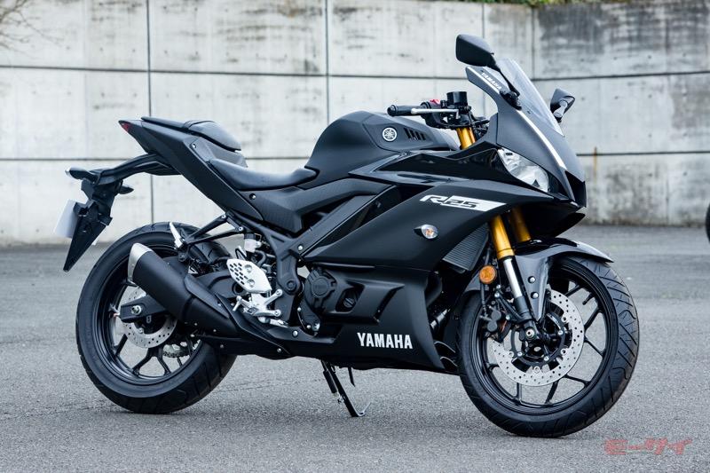 新型は強気の 下剋上 バイク Yzf R25開発陣インタビュー 前編