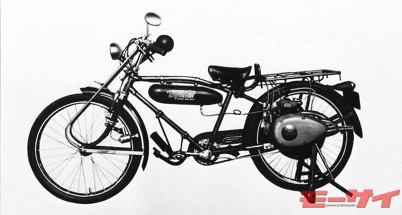 トヨモーターE8型、後輪付(1955)。