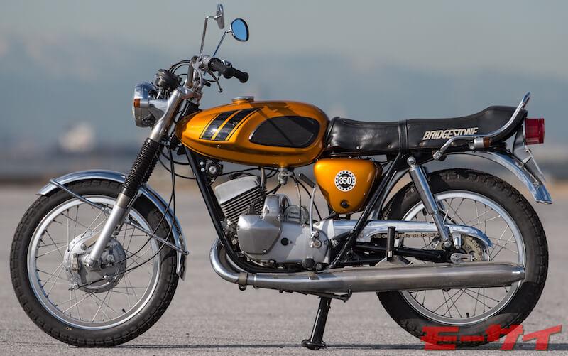 350 GTR(1967年〜)はブリヂストン最大排気量のスポーツバイク(発売当時は350ccが最大排気量車だった)。直進安定性はかなり高いが左キックだったり、1〜6速まですべて踏み込んで変速(ニュートラルはかき上げた一番上)だったりとちょっと癖のある車両。