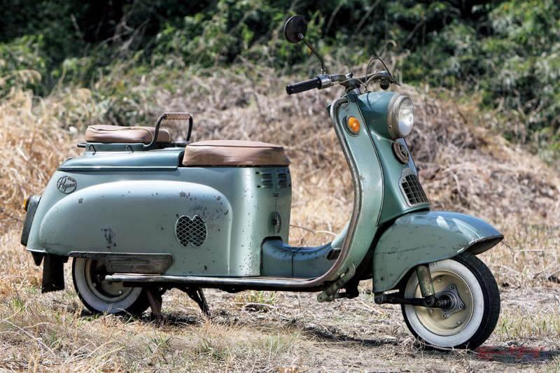 1958年シルバーピジョンC90。4サイクル192cc、最高出力5.7ps/4800rpm、最高速72km/h