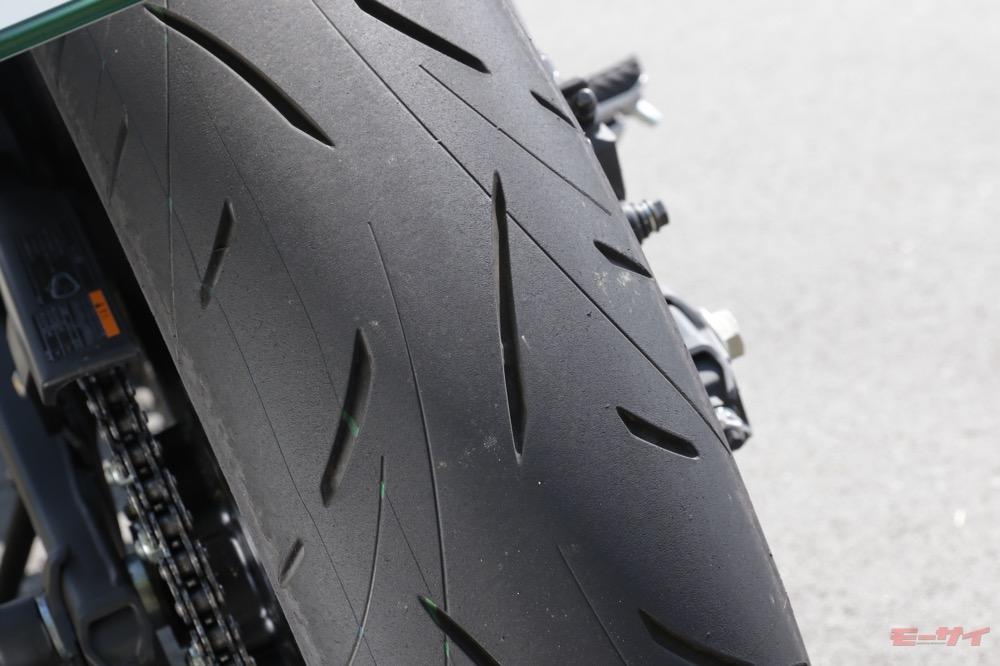 Z650 タイヤ