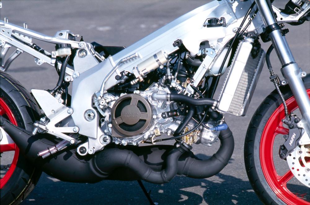 NSR250R MC28 1994 エンジン